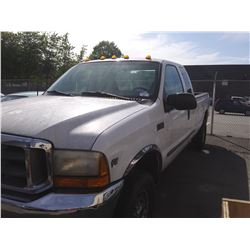 1999 FORD F-250 SUPERDUTY, WHITE, GAS, CREW CAB, VIN#1FTNX21LXXEF11055, 359,301KMS *NO KEYS, NOT