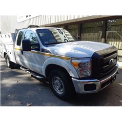 2011 FORD F250, CREWCAB, WHITE, GAS, AUTOMATIC, VIN#1FT7X2A63BEC55708, 96,518KMS, RD,TH,TW,AC, HAS
