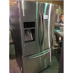 SAMSUNG RF28HFEDBSR STAINLESS 3 DOOR, FRENCH DOOR REFRIGERATOR WITH WATER & ICE MAKER