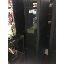 BLACK METAL MOBILE COMMERCIAL SERVER CABINET ( MISSING DOOR )