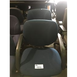 4 BLUE / BLACK MOBILE OFFICE CHAIRS