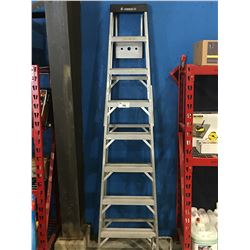 FEATHERLITE 8' ALUMINUM STEP LADDER