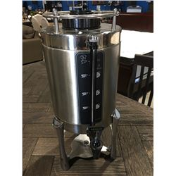 NEWCO STAINLESS STEEL SPOUTED COFFEE CARAFE WITH STAND