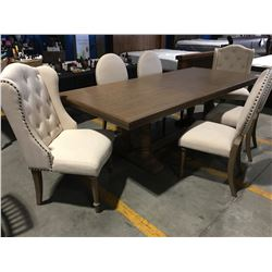 ELIGANT OAK DINING TABLE WITH 2 LEAVES & 6 UPHOLSTERED CHAIRS