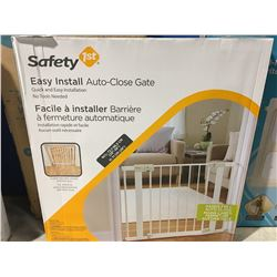 SAFETY FIRST AUTO CLOSE GATE
