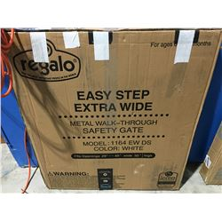 REGALO EASY STEP METAL WALK THROUGH GATE