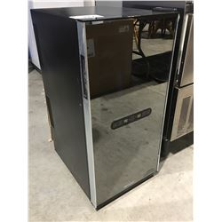 WINE ENTHUSIAST 32 BOTTLE TOUCH SCREEN WINE REFRIGERATOR