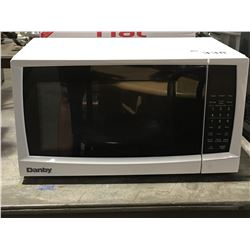 DANBY WHITE MICROWAVE OVEN