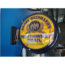 HENRY WEINHARD'S NORTHWEST TRAIL BLONDE LAGER LIGHT-UP BEER SIGN