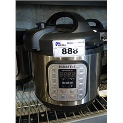 INSTANT POT IP-DUO 8QT PROGRAMMABLE PRESSURE COOKER
