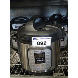 INSTANT POT IP-DUO 8QT PROGRAMMABLE PRESSURE COOKER