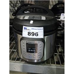 INSTANT POT IP-DUO 6QT PROGRAMMABLE PRESSURE COOKER