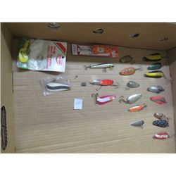 FISHING LURES (VINTAGE) *OVER 20*