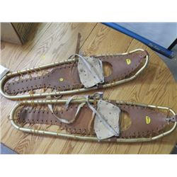 "SHERPA SNOW SHOES (36"" ALUMINUM W/SHOE & ICE GRIPS) *NEEDS REPAIR*"