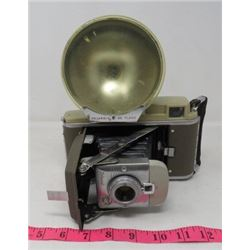 CAMERA (POLAROID LAND) *FOLDOUT W/FLASH* (MODEL 80)