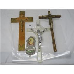 LOT OF 3 CRUCIFIXES & HOLY WATER WALL MOUNT ORNAMENT
