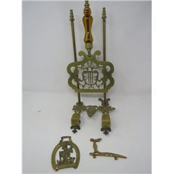 LOT OF 3 BRASS PIECES