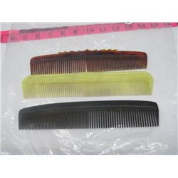 LOT OF THREE COMBS *VINTAGE*