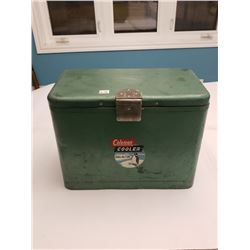 COLEMAN COOLER *HOLDS THE COLD* *C/W ORIGINAL BOTTLE OPENER*
