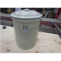 CROCK (MEDALTA) *10 GAL* (NO CRACKS) *W/LID, HANDLES ARE ORIGINAL*