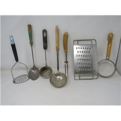 LOT OF KITCHEN UTENSILS ((QTY 8) (GRATERS, MASHER, LADLES, ETC) *WOOD HANDLES*