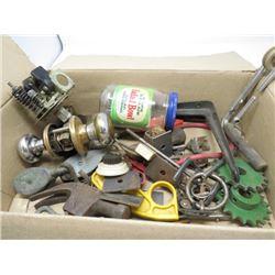 BOX OF DOOR KNOBS, PULLEYS, SPROCKETS, ETC