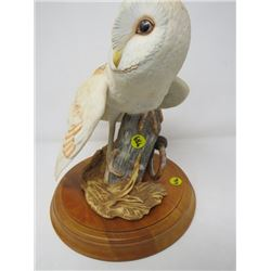 "BARN OWL STATUE (FRANKLIN MINT) *HAND PAINTED PORCELAIN ON WOOD BASE* (10""H)"
