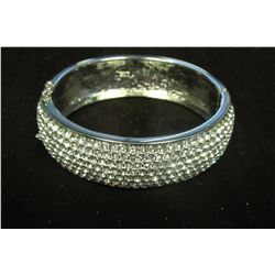 "Stunning silver and swarovski crystal 7.5"" bangle"