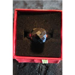 Square cut triple A Black CZ set on on smooth rhodium band…size 7