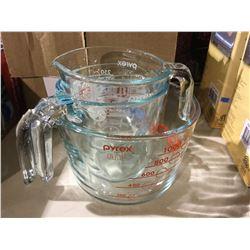 Pyrex Glass Measuring Cup Set