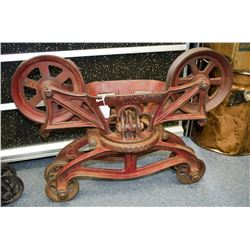 "Vintage ""Hudson"" Hay Trolly - Excellent!"