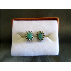 New 1.05 CT Emerald & Diamond Earrings