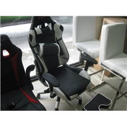 TOP GAMER USED GAMING CHAIR