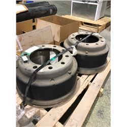 Pallet of 2 spicer brake drums, 10 hole and 2 sets of spicer brake pads