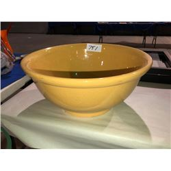 Large Medalta mixing bowl, Redwing 4 gallon crock plus Redwing Water Cooler