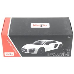 Audio R8 - Die Cast Collector Car. 1:18