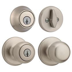Weiser Fairfax Entry Knob and Deadbolt Pack Featur