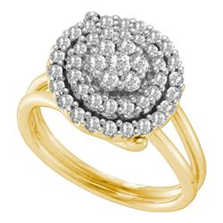 0.75 CTW Diamond Circle Flower Cluster Ring 14KT Yellow Gold - REF-67Y4X