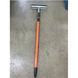 "New Window Squeegee with 32"" - 54"" Telescoping Handle"