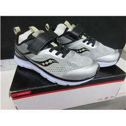 New boys Running Shoes size 3m