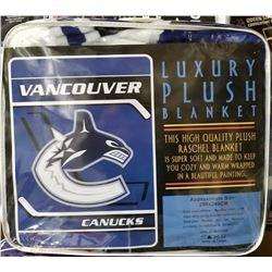 "NEW! ""VANCOUVER"" LUXURY PLUSH BLANKET (QUEEN)"