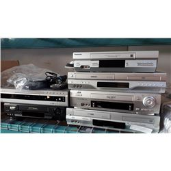 LOT OF PANASONIC, TOSHIBA, JVC, SONY DVD AND VHS PLAYERS - ALL WORKING CONDITION