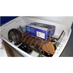 TOTE OF ELECTRICAL TIMES AND TOOLS