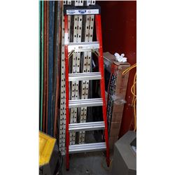 6FT FIBER GLASS A FRAME LADDER