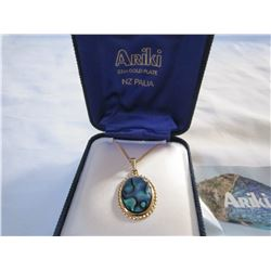 ARIKI NEW ZEALAND PAUA 22CT GOLD PLATED NECKLACE