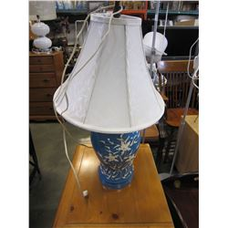 BLUE WHITE TABLE LAMPS