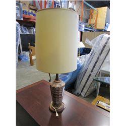 CERAMIC LAMP W/ SHADE