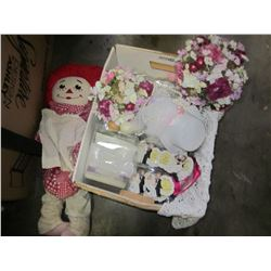 WEDDING DECOR AND DOLL
