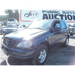 I4 --  2001 MERCEDES-BENZ ML320 , Blue , 242194  KM's