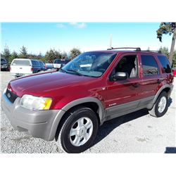I3 --  2001 FORD ESCAPE XLT , Red , 208352  KM's